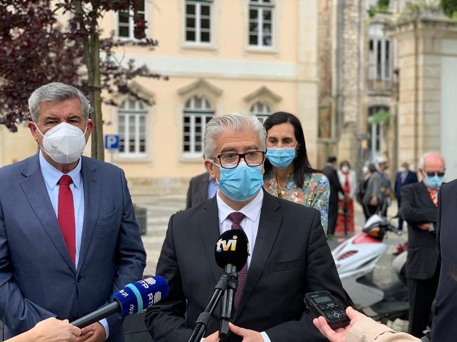 Portugal Mantém Uso de Máscara